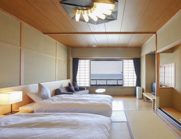 畳敷ベッドルーム